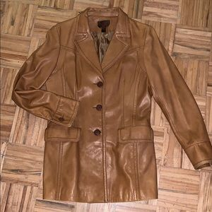 Beautiful Danier Soft Italian Leather Blazer Med